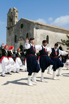 Greek traditional costumes   from CRETE Island http://www.house2book.com