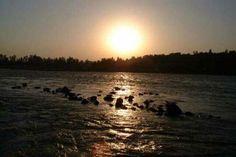 Tramonto sul Gange; di Giorgio Andretta