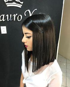 Hairstyles for Medium Straight Black Hair Black Ponytail Hairstyles, Medium Bob Hairstyles, Straight Hairstyles, Medium Hair Styles, Short Hair Styles, Langer Bob, Brown Blonde Hair, Hair Looks, Short Hair Cuts