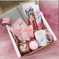 Diy Geschenk Basteln - girlies gift box #diygeschenkfreund #diygeschenkpopupkartebastelnmitpapier #diygiftbag #diygiftbox