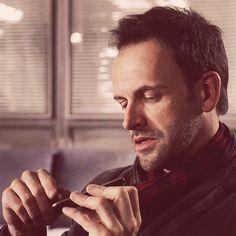 Elementary Sherlock, Johnny Lee, Jonny Lee Miller, How To Better Yourself, Sherlock Holmes, I Am Awesome, Random Stuff, Films, Dragon