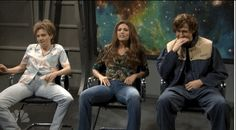 """Cecily Strong does a good job of keeping it together but then Ryan let's goooooooo: 