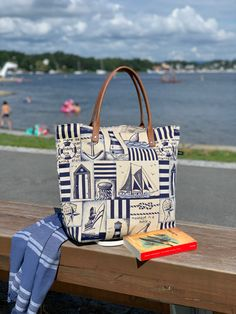 Out of office🕶🏖 Towel? ✅ Bathing suit? ✅ Sunscreen? ✅ Book? ✅ Snacks? ✅ You can fit all your beach essentials into the Livorno Summer bag. Order yours on carryandconquer.com Beach Essentials, Summer Bags, Can Design, You Bag, Carry On, Stylish, Sunscreen, Unique, Bathing