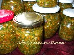 Pickels, Good Food, Yummy Food, Romanian Food, Pastry Cake, Canning Recipes, Pesto, Vegetarian Recipes, Mason Jars