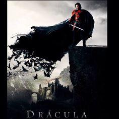 Bom + não adorei! O do Bram Stoker é muito melhor, + Sempre  me empolgo, com as histórias contadas nas lendas do príncipe e vampiro,  mais famoso do cinema