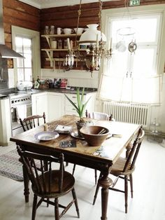 my dream kitchen/dining area Rustic Kitchen, Country Kitchen, Kitchen Dining, Kitchen Decor, Cosy Kitchen, Kitchen Designs, Dining Area, Dining Room, Dining Table