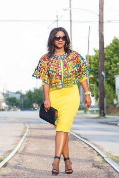 Most stylish collection of ankara short gown styles of 2019 trending today, try these short ankara gown styles African Dresses For Women, African Attire, African Wear, Ankara Gowns, Ankara Dress, Ankara Blouse, African Fashion Ankara, African Print Fashion, African Prints