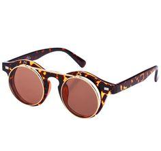 Des lunettes de soleil à rabats