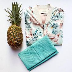 We Lov e Turquoise! Check out the latest summer look form Summer Is Here, Summer Looks, Tropical Vibes, Tropical Prints, Floral Bomber Jacket, Beauty Boutique, Rock Outfits, Band Merch, Late Summer