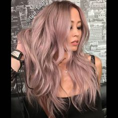 """PrisMetallic Rose! Yet another #MetallicObsession coming soon. Stay tuned!"" @guy_tang"
