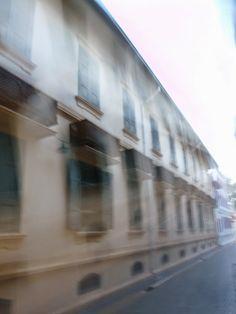 vômito público : o fantasma da casa