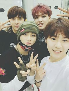 Mark, Haechan & Kun (who is the other guy? I don't know and I feel bad for it)