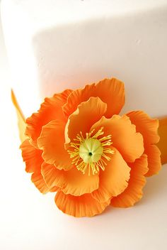 LARGE POPPY CLAY FLOWER CAKE TOPPER by EstiloWeddings, via Flickr
