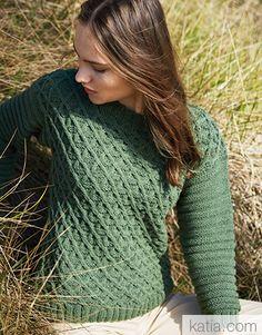 Book Woman Sport 94 Autumn / Winter | 46: Woman Sweater | Pistachio-Black