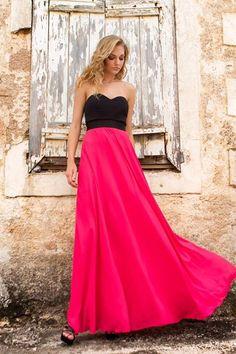 0811b6dee1ed 142 κορυφαίες εικόνες με Βραδινά φορέματα