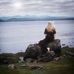 Awaiting the Storm by rosiekernohan, via Flickr