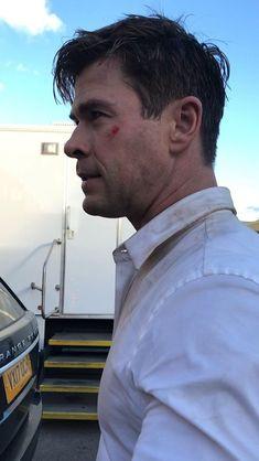 Snowwhite And The Huntsman, Hemsworth Brothers, Chris Hemsworth Thor, Shot Hair Styles, Australian Actors, The Dark World, Chris Pratt, People Magazine, Dream Guy