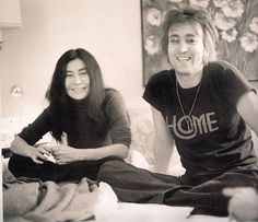 "John Lennon and Yoko Ono at the St. Moritz Hotel, NYC by Bob Gruen "" John Lennon Yoko Ono, John Lennon Beatles, Jon Lennon, Karma, Photo Exhibit, Intimate Photos, The Fab Four, The Clash, Ringo Starr"