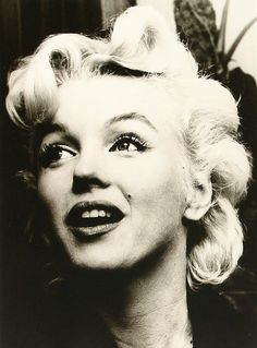 """Marilyn Monroe at a press conference for """"Bus Stop"""" at the L. Photo by Leigh Wiener, Divas, Candle In The Wind, Star Wars, Marilyn Monroe Photos, Norma Jeane, Classic Beauty, Timeless Beauty, Beautiful Actresses, Beautiful Celebrities"""