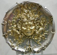 An embossed plaque in the Art Nouveau style from 1911 by Vincenzo gemito