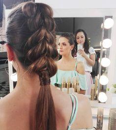 Kto jeszcze nie wie jak zrobić #pullthroughbraid? Już niedługo Was nauczę  #hairtutorial #hairblog #haircoach #hairstylist #atwork #hairart #model #hair #fashion #hairstylistlife #WellaAcademyPL #blogowlosach #blogerka #fryzjerka #wpracy #fryzury #warkocz