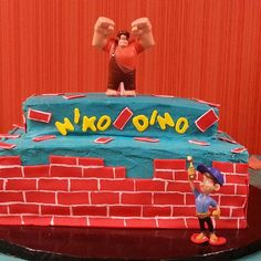 Wreck it Ralph birthday cake