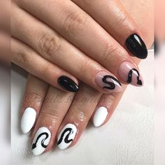 Nail Ideas, Snake, Random Stuff, Hair Makeup, Halloween, Nails, Beauty, Finger Nails, Random Things