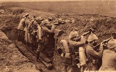 The Great War 1914 - 1918. Skyttegrav, photo, sapira, soldiers, history.