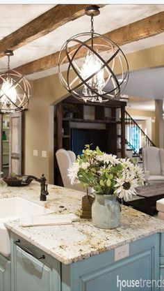 Are you looking for rustic lighting ideas to give your home a rustic look? I have here amazing rustic lighting ideas to give your home a rustic look. Kitchen Ikea, Kitchen Redo, New Kitchen, Kitchen Cabinets, Kitchen Black, Awesome Kitchen, Smart Kitchen, Blue Cabinets, Kitchen Countertops