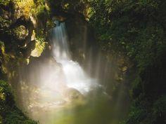 Les Gorges de l'Abîme, un endroit magique à visiter   Jura, France   Crédit photo : Stéphane Godin/Jura Tourisme   #JuraTourisme