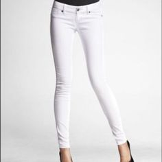 Express white skinny jeans! Perfect for spring and summer! Price firm Express Jeans Skinny