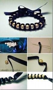 Como hacer una pulsera con liston y perlas