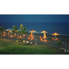 Night on the beach... . . .  #vacation #holiday  #travel  #travelphotography  #dream  #dreamy  #greece  #crete  #kreta  #hellas  #night  #Κρήτη #gerani  #mediterranean  #nightphotography  #edit  #view #vista #oceanview  #ocean  #silverbeach #silverbeachhotel #meditation #relaxation #peace #beach #europe #destination #olympus #olympuscamera