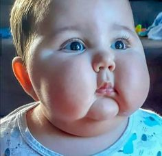 Cute Kids, Cute Babies, Baby Kids, Smart Fitness Tracker, Chubby Cheeks, Fathers Love, Unique Baby, Baby Shop, S Models