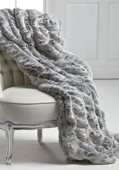 Gorgeous Luxurious Real Rabbit Fur Blanket/Cover 2019 Gorgeous Luxurious Real Rabbit Fur Blanket/Cover The post Gorgeous Luxurious Real Rabbit Fur Blanket/Cover 2019 appeared first on Blanket Diy. Grey Throw Blanket, Fuzzy Blanket, Faux Fur Blanket, Blanket Cover, Throw Blankets, Fluffy Blankets, Fur Bed Throw, Sheepskin Throw, Grey Throw Pillows