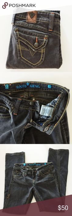 EXTRA DETAILED Sang Real Women's Black Jeans Sz 28 Sang Real Women's Black Denim Jeans in Size 28. Style: SJP7001. Color: King Alexander I. Great condition. Some wear on back hems and back pocket flaps. See photos. Button pockets. The details on these are amazing. Definitely rockstar jeans. 😍 Sang Real Jeans