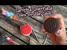 Carrete para enrollar cable de celular (Movil DIY) Foamy Moleable (Goma Eva) - YouTube Ipad, Cable, Youtube, Pasta, Decoration, Roll Ups, Cell Phone Accessories, Jelly Beans, Jars