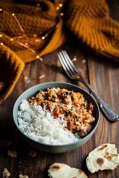 Dahl de lentilles corail et patate douce - chefNini - The Best Thai Recipes Breakfast On The Go, Health Breakfast, Healthy Breakfast Recipes, Easy Dinner Recipes, Easy Meals, Healthy Recipes, Drink Recipes, Easy Vegetarian Lunch, Vegetarian Recipes