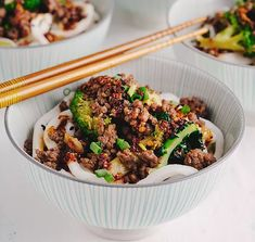 Beef and broccoli noodles.