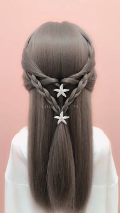 In today's article we will offer you a few win-win options, we will present hairstyles for the summer for long and medium hair lengths. Hair Down Styles, Short Hair Styles Easy, Medium Hair Styles, Down Hairstyles, Pretty Hairstyles, Braided Hairstyles, Hair Dos For Kids, Curled Hair With Braid, Middle Hair