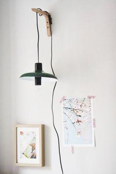 lamparas pared diy - Buscar con Google Casa Gilmore Girls, Muji, The Hamptons, Sweet Home, Industrial, Diy Decoration, Html, Home Decor, Blog