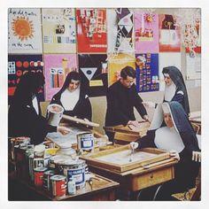 Sister Mary Corita Kent's screen printing studio #sistercorita #coritakent #screenprinting #diychristmas #diyproject #kit #diykit #printisrad #made2makeit #nun #howtos #diyprintshop