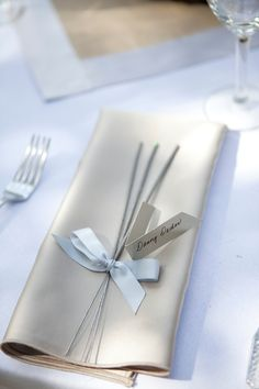 Sparkler-Wedding-Favors. Add table number and use also as placement card