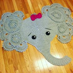 Crochet ~ Rugs, Floor coverings on Pinterest Crochet Rugs, Doily Rug ...