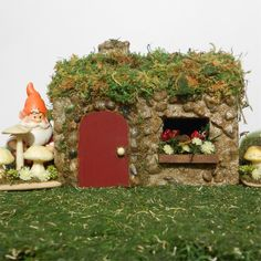 Mininature Garden Gnome Sweet Gnome Cottage