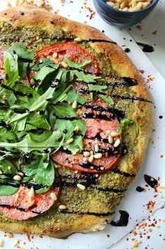 Step up Pizza Friday with this Vegan Pesto Pizza with Balsamic Glaze. It is fresh, green and simple. Perfect pizza for Spring. Vegan Pizza Recipe, Vegan Dinner Recipes, Vegan Dinners, Pizza Recipes, Veggie Recipes, Whole Food Recipes, Vegetarian Recipes, Vegan Flatbread Recipes, Vegetarian Lifestyle