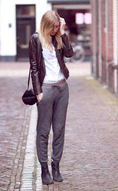 jogging pants, ankle boots  bekleidet.net