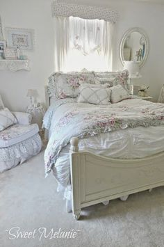 Shabby Chic Home Basket. Shabby Chic Kitchen Ideas Uk so Home Decor Trends 2019 its Shabby Chic Kitchen Ideas On A Budget minus Home Decorators Collec. Shabby Chic Living Room, Shabby Chic Bedrooms, Shabby Chic Kitchen, Shabby Chic Cottage, Bedroom Vintage, Shabby Chic Homes, Shabby Chic Decor, Romantic Bedrooms, Cottage Style