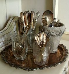 stash silver in containors on a silver tray, add paint brushes in studio. Vintage Silver, Antique Silver, Custom Comfort, Vibeke Design, Vintage Cutlery, Silver Trays, Silver Plate, Tarnished Silver, Tray Decor
