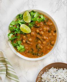 Instant Pot chickpeas curry spinach chana masala - vegan & gluten-free